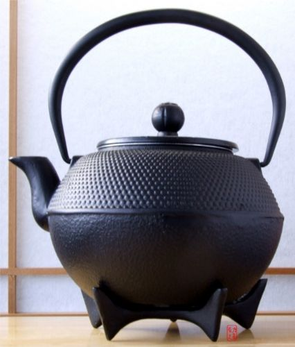 Star Trivet 125 & Tetsubin Japanese style Cast Iron black hobnail tea pot kettle 1.2L